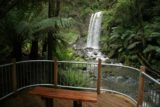 Hopetoun_Falls_029_11152006 - Context of the viewing deck near the base of Hopetoun Falls as seen in November 2006