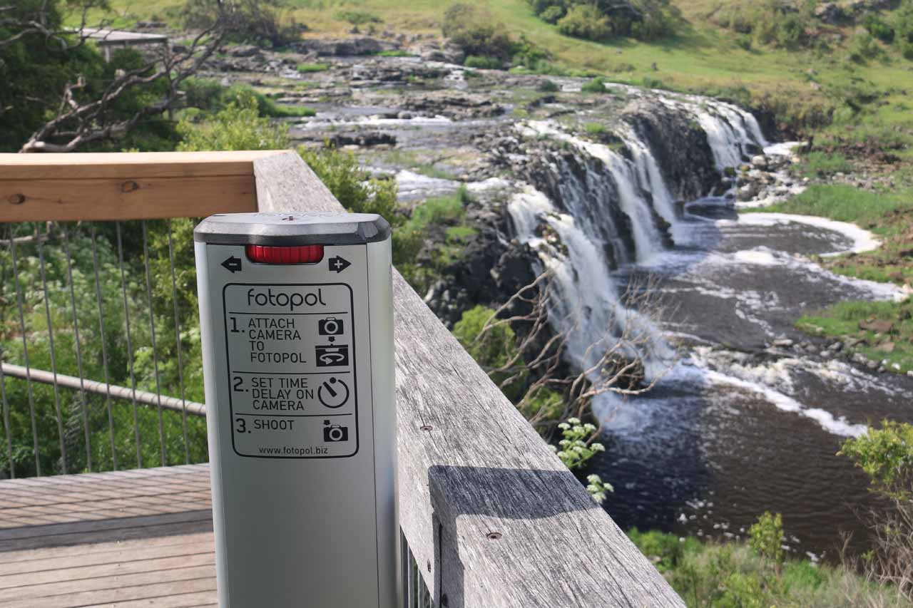 This was the convenient Fotopol positioned on the lookout near the brink of Hopkins Falls