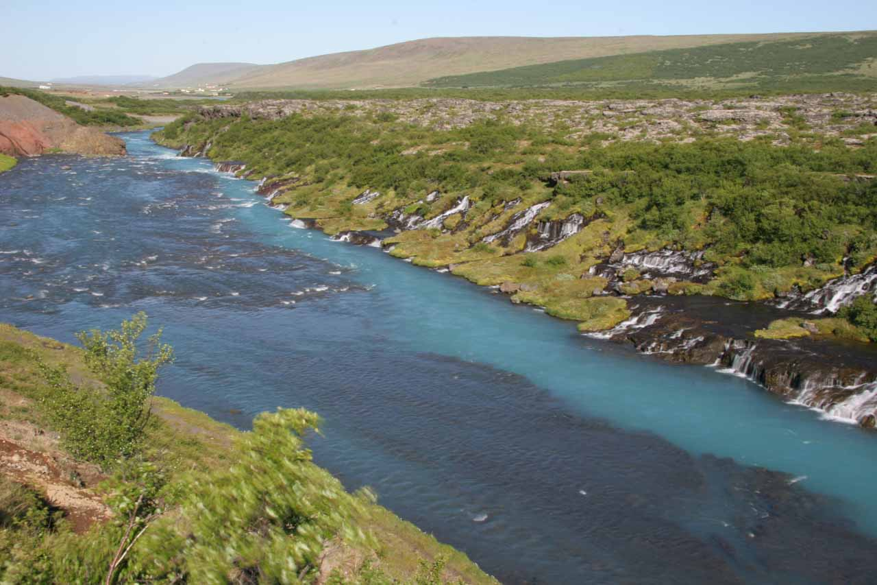Looking much further downstream on the Hvita showing the Hraunfossar continues to percolate and add to the river for as far as the eye can see