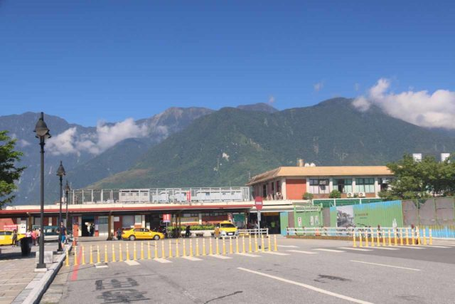 Hualien_002_10262016 - Looking back at the Hualien Station
