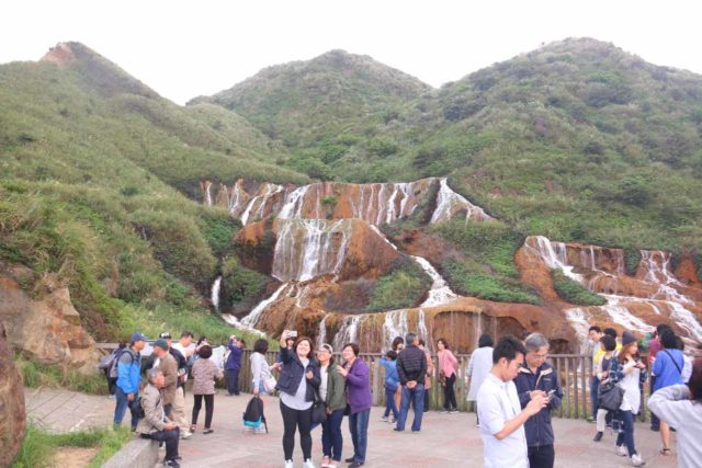 Huangjin_Waterfall_092_11022016 - It can get quite busy at the Huangjin Waterfall though during our visit in November 2016, we pretty much blended in with the rest of the Taiwanese visitors as I didn't recall seeing any international visitors