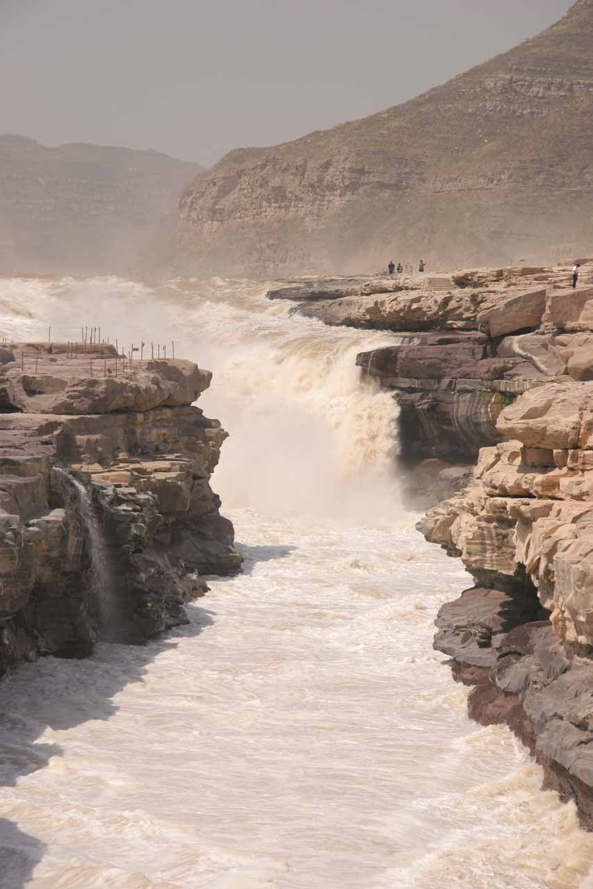 Another direct look at Hukou Waterfall from the Shaanxi side