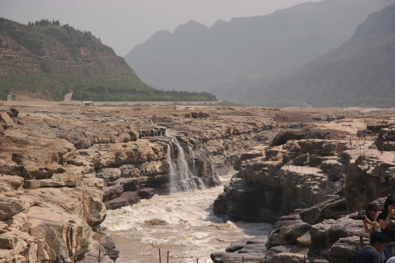Looking downstream from the Hukou Waterfall