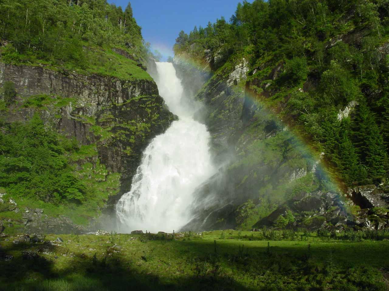 A Sogn og Fjordane Waterfall