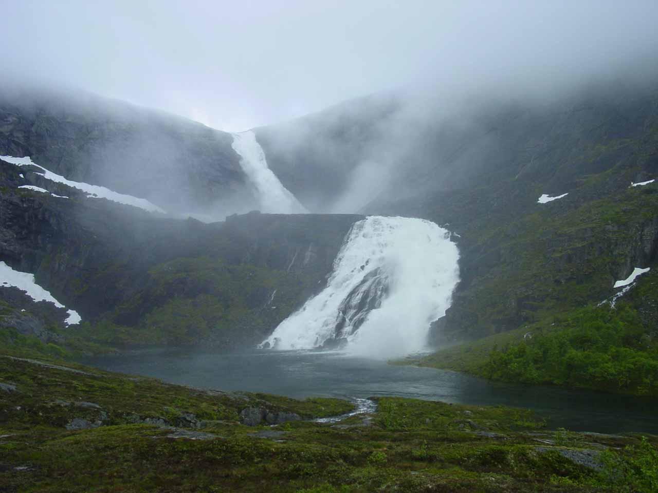 Søtefossen - the last of the four major waterfalls in Husedal Valley