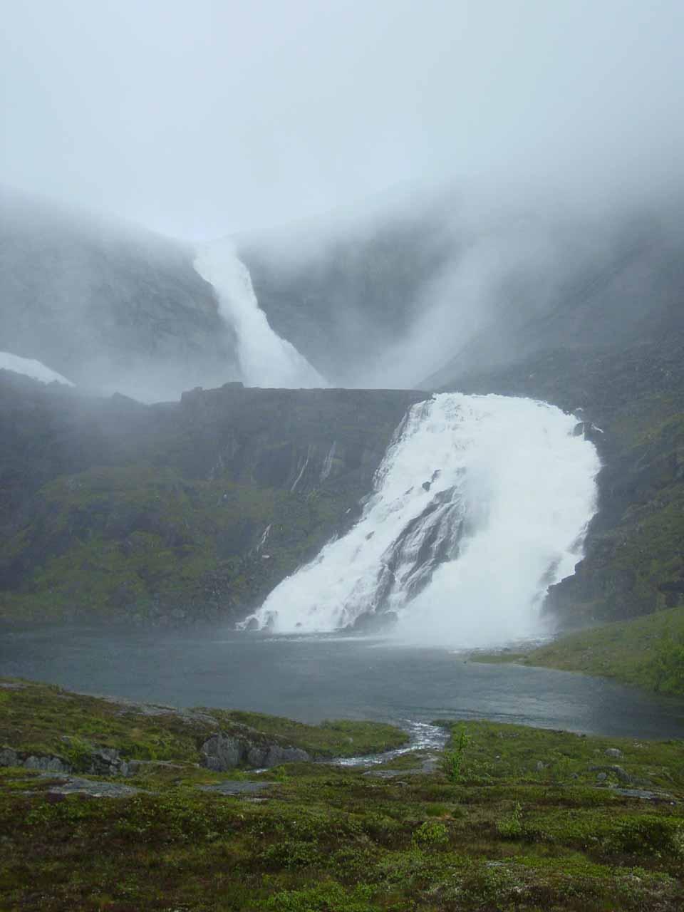 Finally before Søtefossen (the sweet waterfall?)!