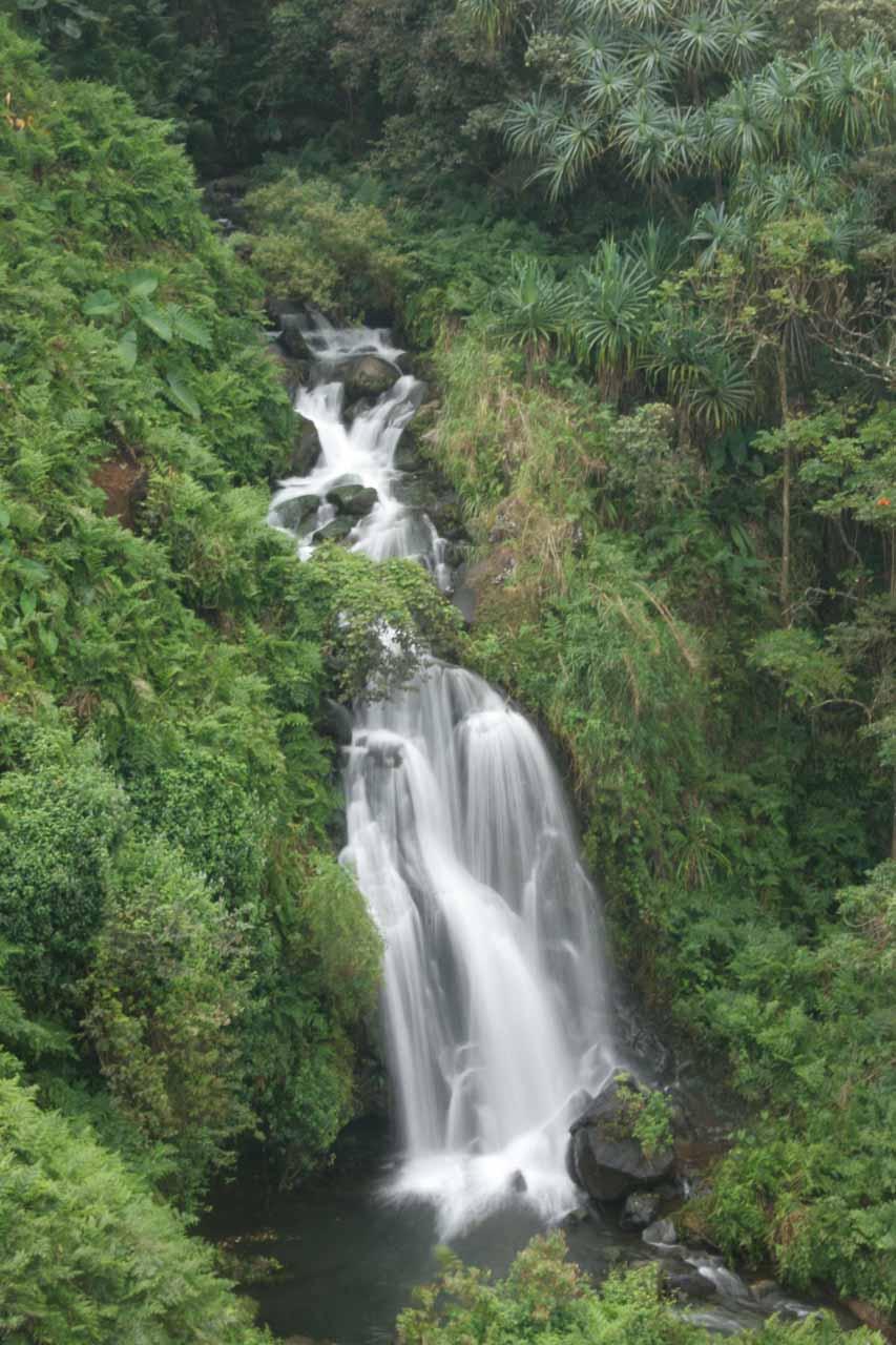 Closer look at Hanapueo Falls in long exposure