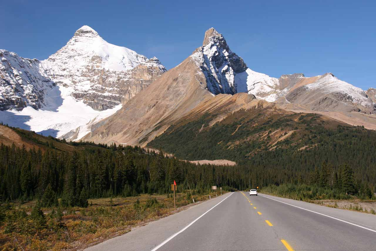 The Icefields Parkway (Hwy 93A) heading north towards Bridal Veil Falls and beyond