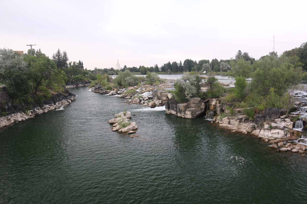 Looking upstream on the Snake River from the Broadway Street Bridge