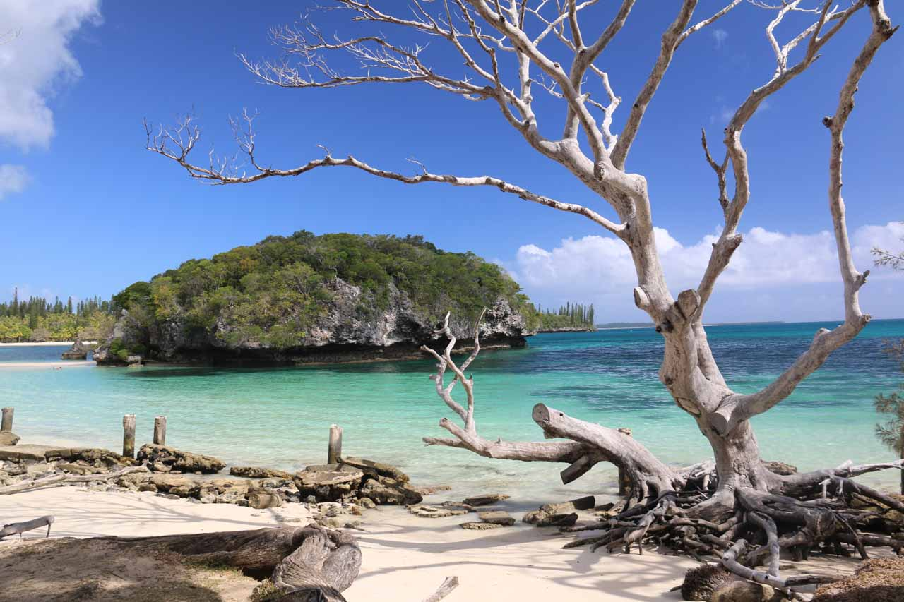 In addition to the Piscine Naturelle, Ile des Pins also featured the beautiful Kanumera Bay (shown here) and the adjacent white sand beach of Kuto Bay
