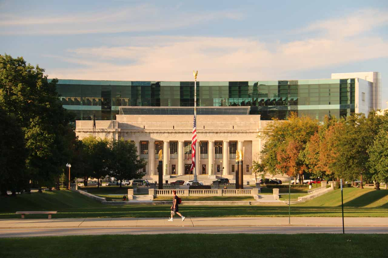 Looking towards the Lincoln Memorial-like building with columns in downtown Indianapolis