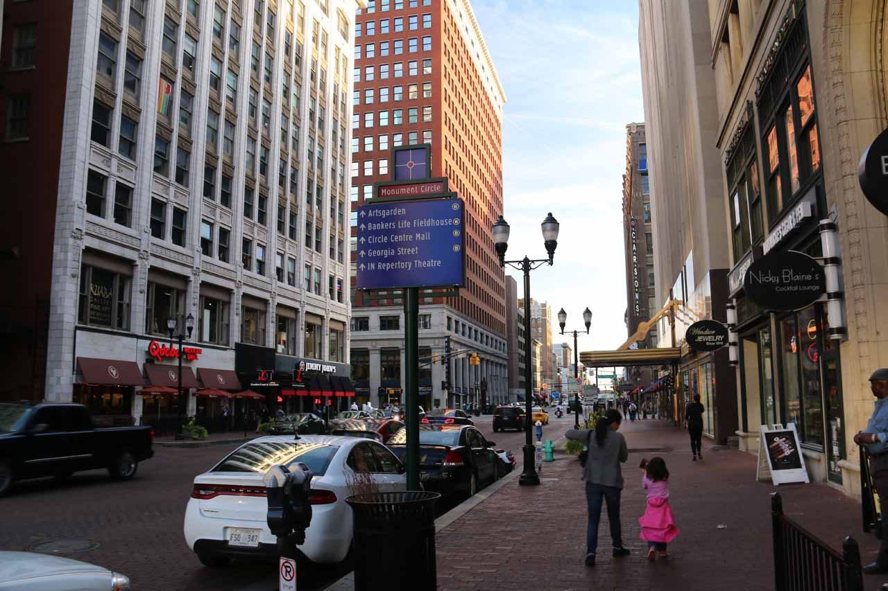 Julie and Tahia walking around looking for a place to eat dinner in downtown Indianapolis