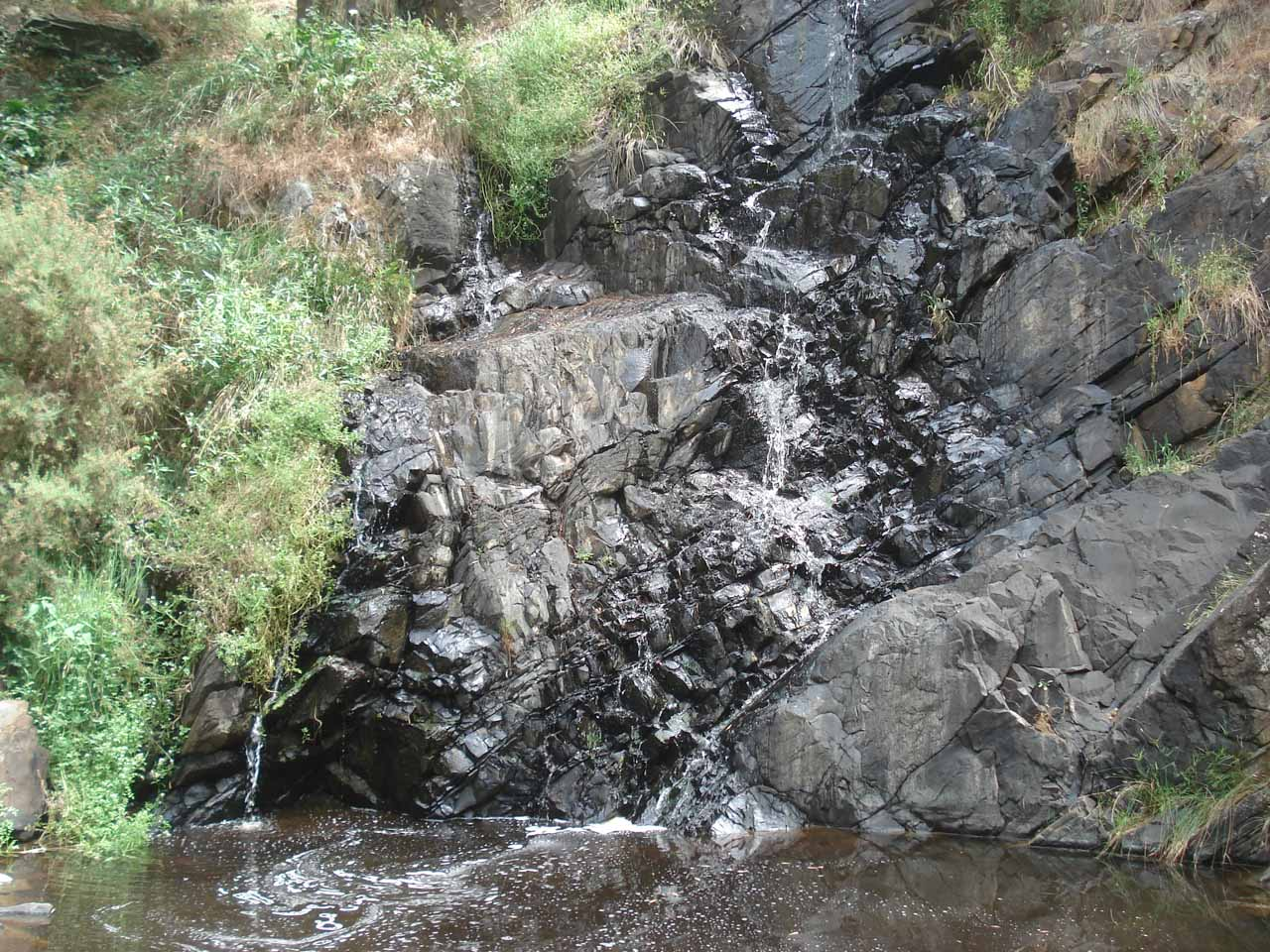 The trickling Ingalalla Falls