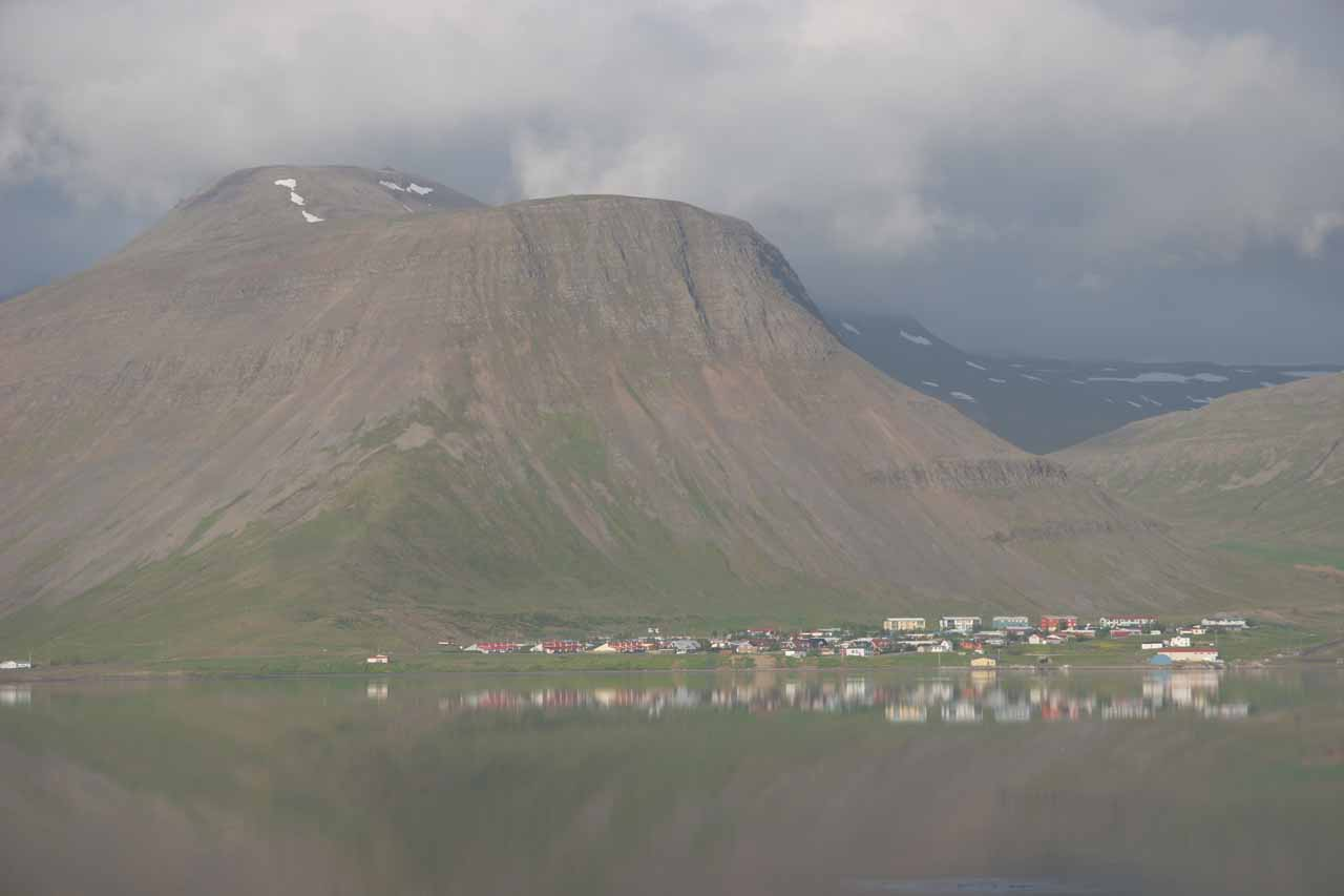 At the start of the day when we showed up to Djupavik, we had started from the beautiful town of Isafjordur. It was at least 4-5 hours drive to get from there all the way to Djupavik