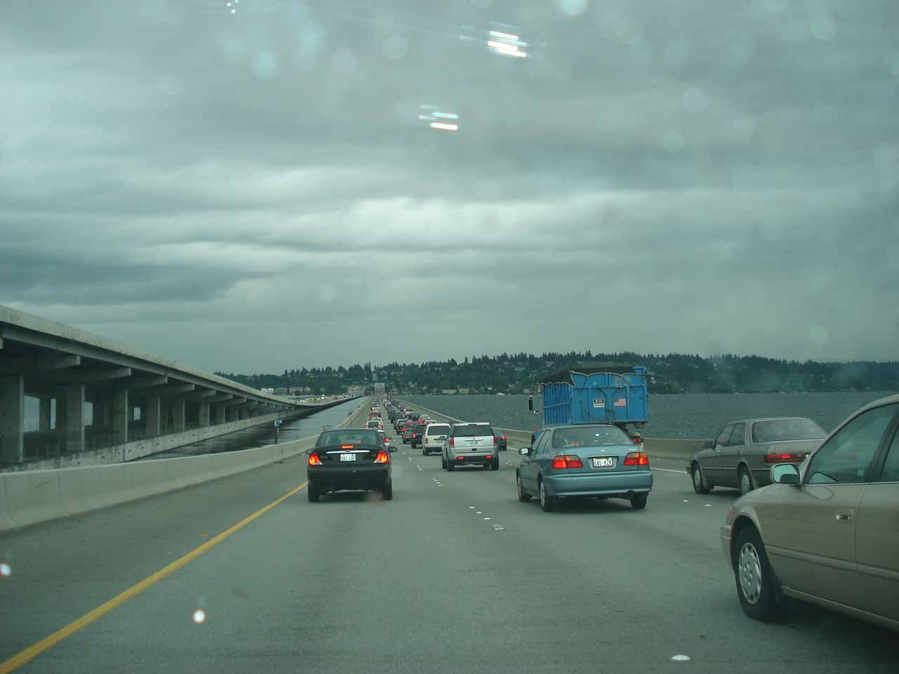 Traffic on the I-90 as we were approaching the suburb of Issaquah from Seattle