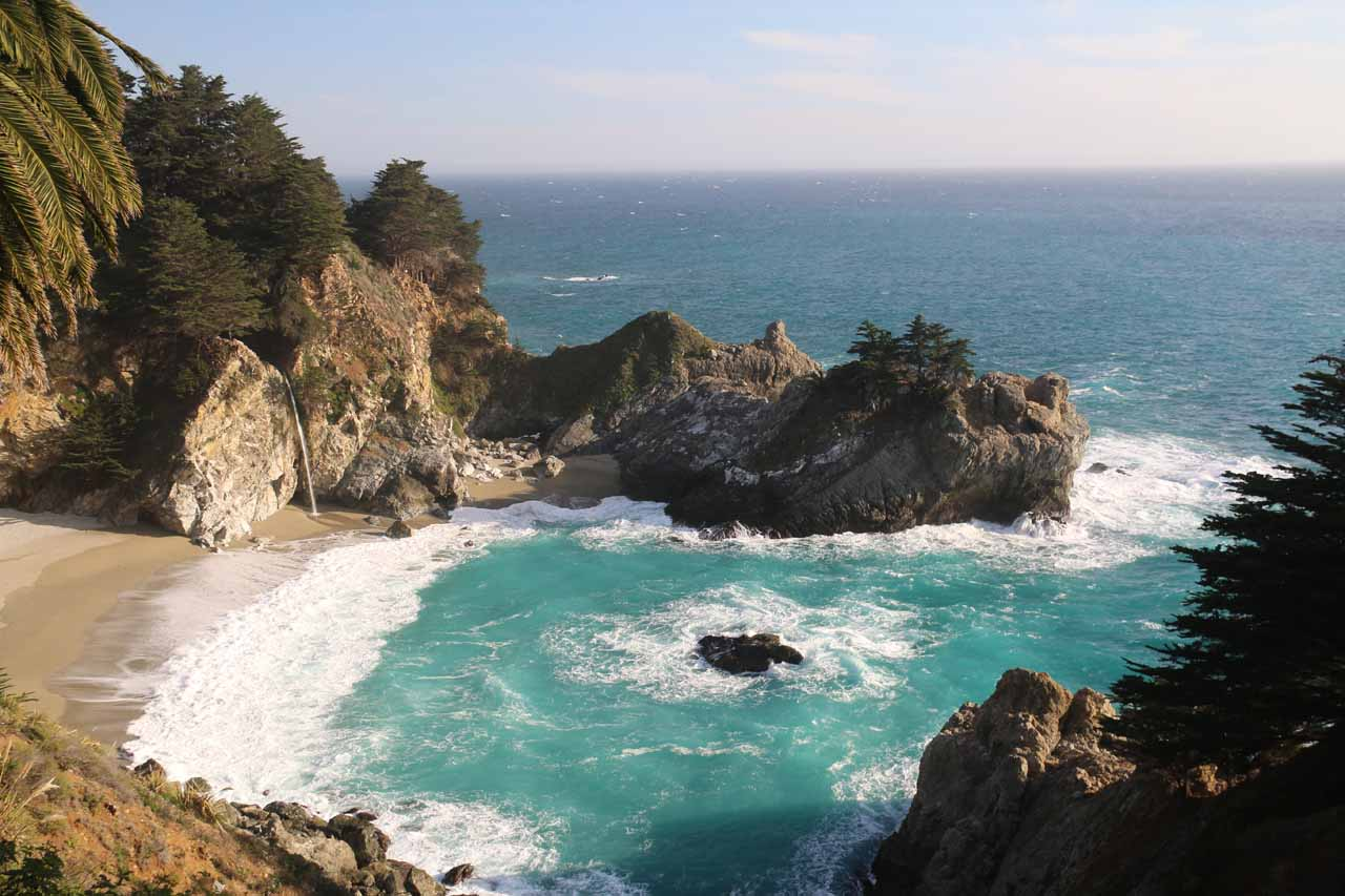 Gorgeous view of McWay Falls and McWay Cove
