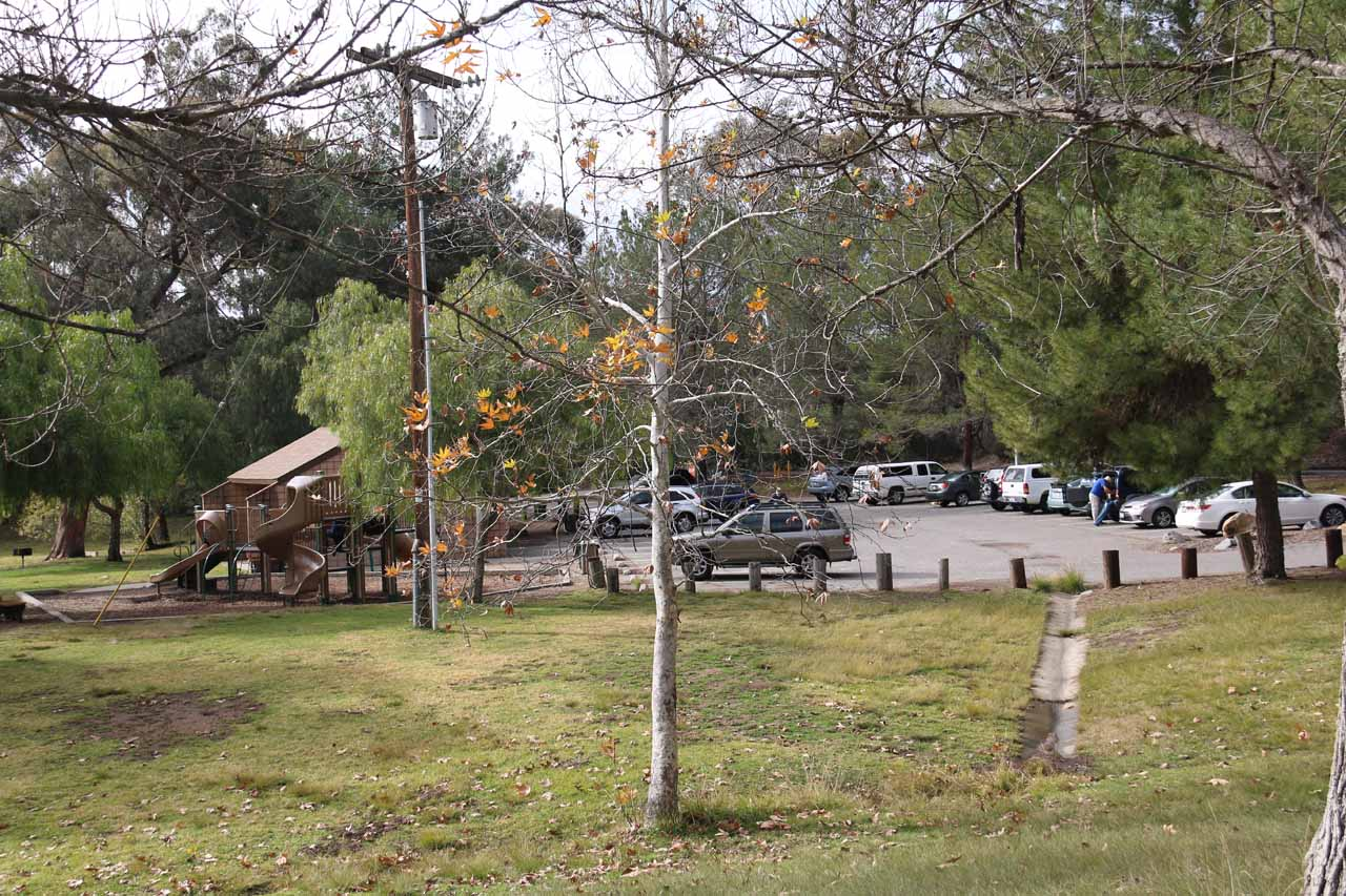 This was the car park and picnic area closest to the Dixon Lake Recreation Area entrance kiosk. This was also where we parked the car and started our hike
