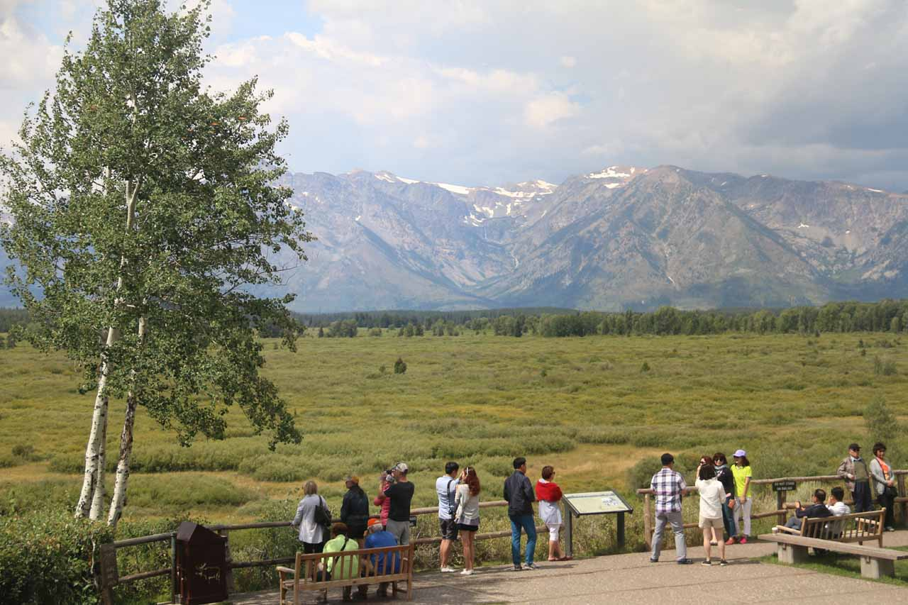 Context of the wide lookout area at the Jackson Lake Lodge