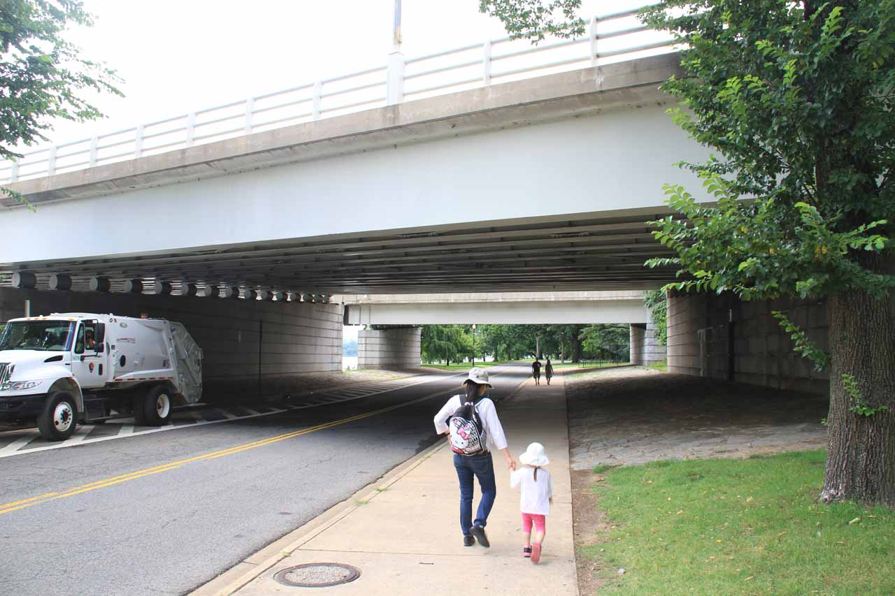 Julie and Tahia making their way beneath the bridge towards the Jefferson Memorial