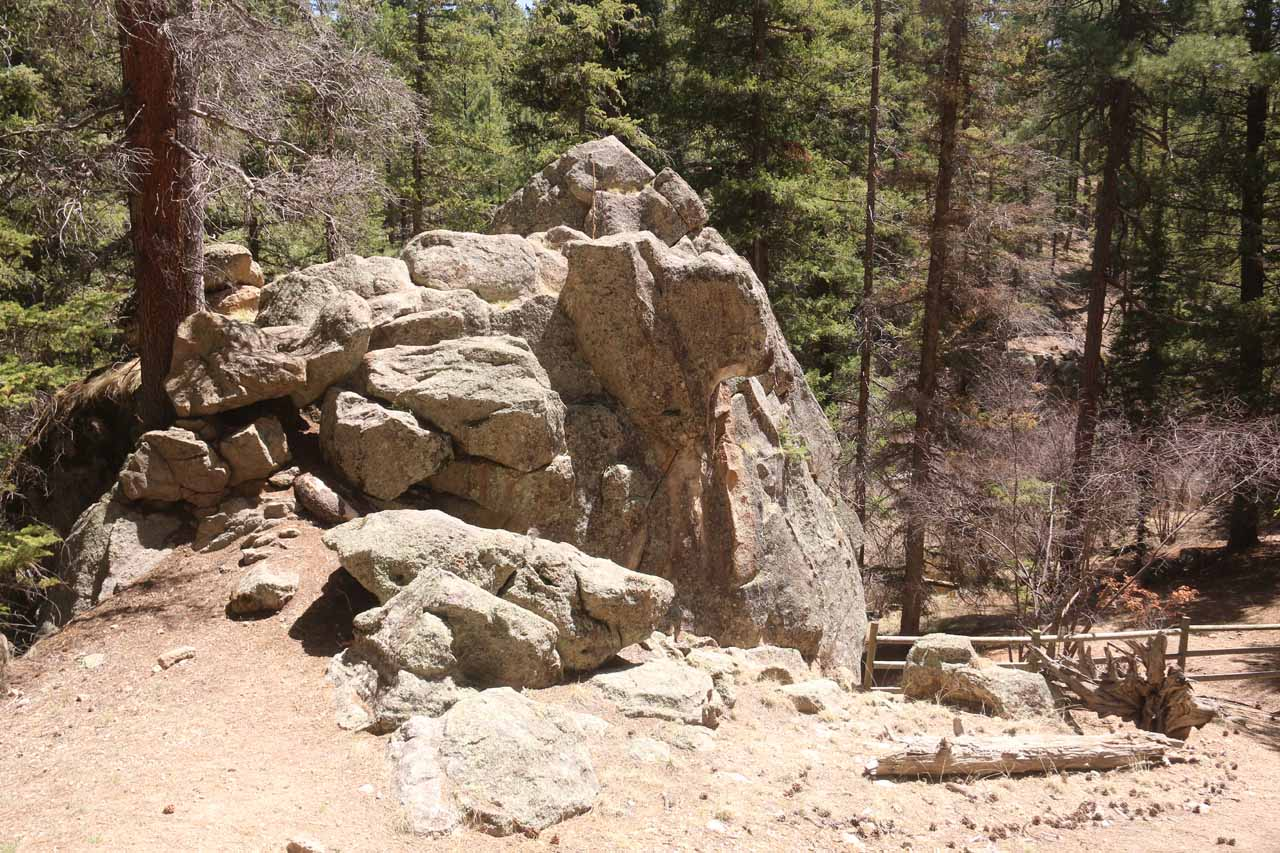 Some interesting rock formations near the trail labyrinth