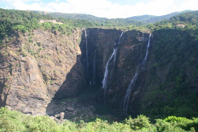 Jog_Falls_016_11142009 - Jog Falls in low flow