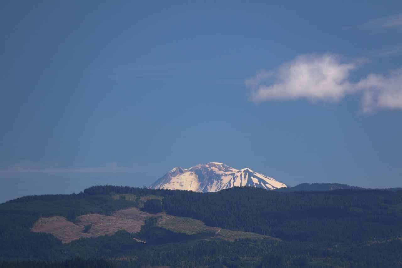 Zoomed in on the peak of Mt Adams