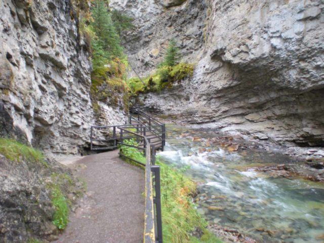 Johnston_Canyon_014_jx_09162010