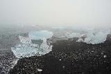 Jokulsarlon_068_08092021 - closer look at some other icebergs washing ashore at Diamond Beach