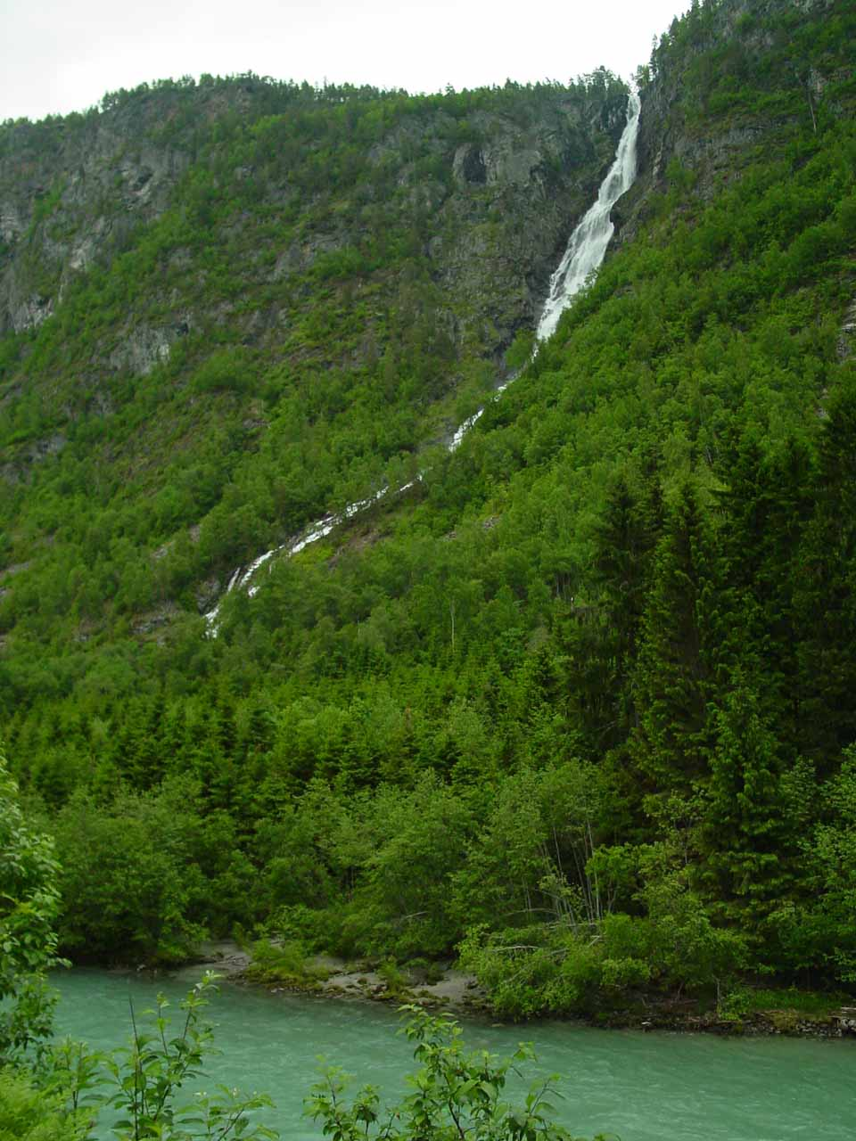 This was our first look at Ryefossen as we were driving north on the Route 604 from Gaupne