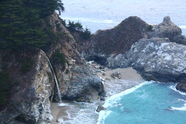 Julia_Pfeiffer_Burns_SP_083_11172018 - McWay Falls as seen from Hwy 1 late in the Dry Season. Notice the hard-to-see sea arch behind the falls