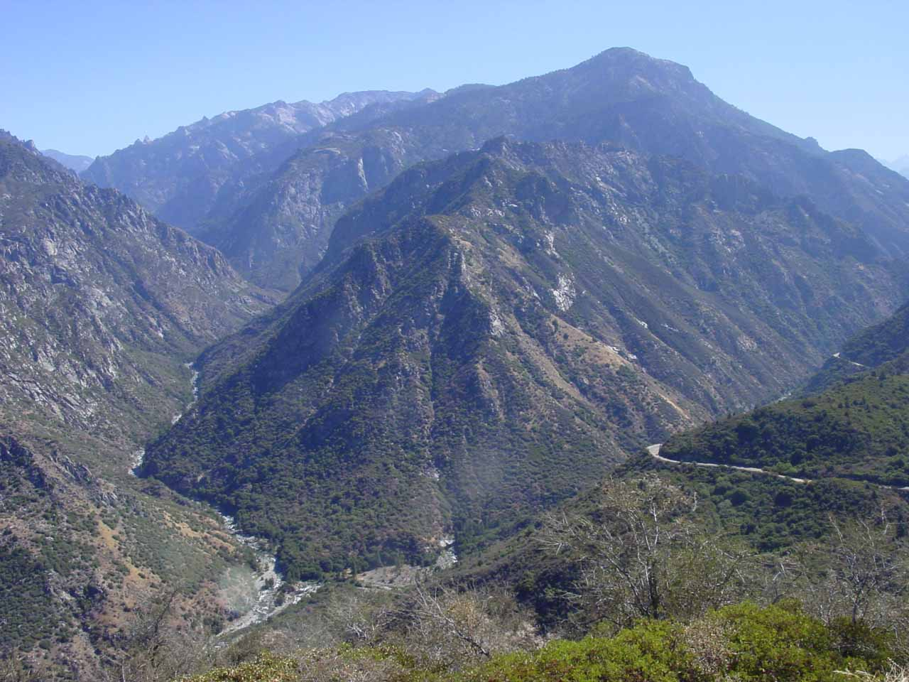 View of Junction Overlook from the Kings Canyon Highway