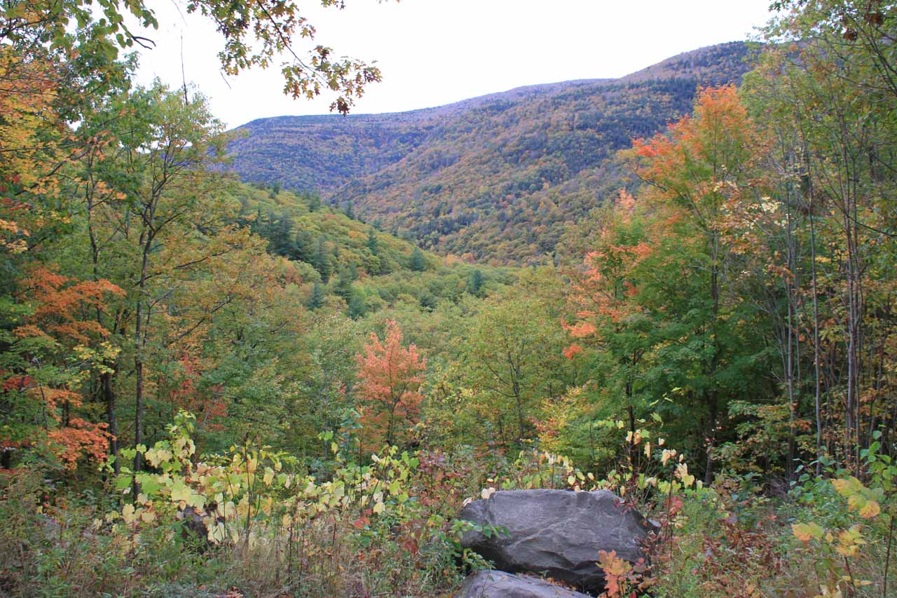 The overlook at the official car park for the Kaaterskill Falls hike