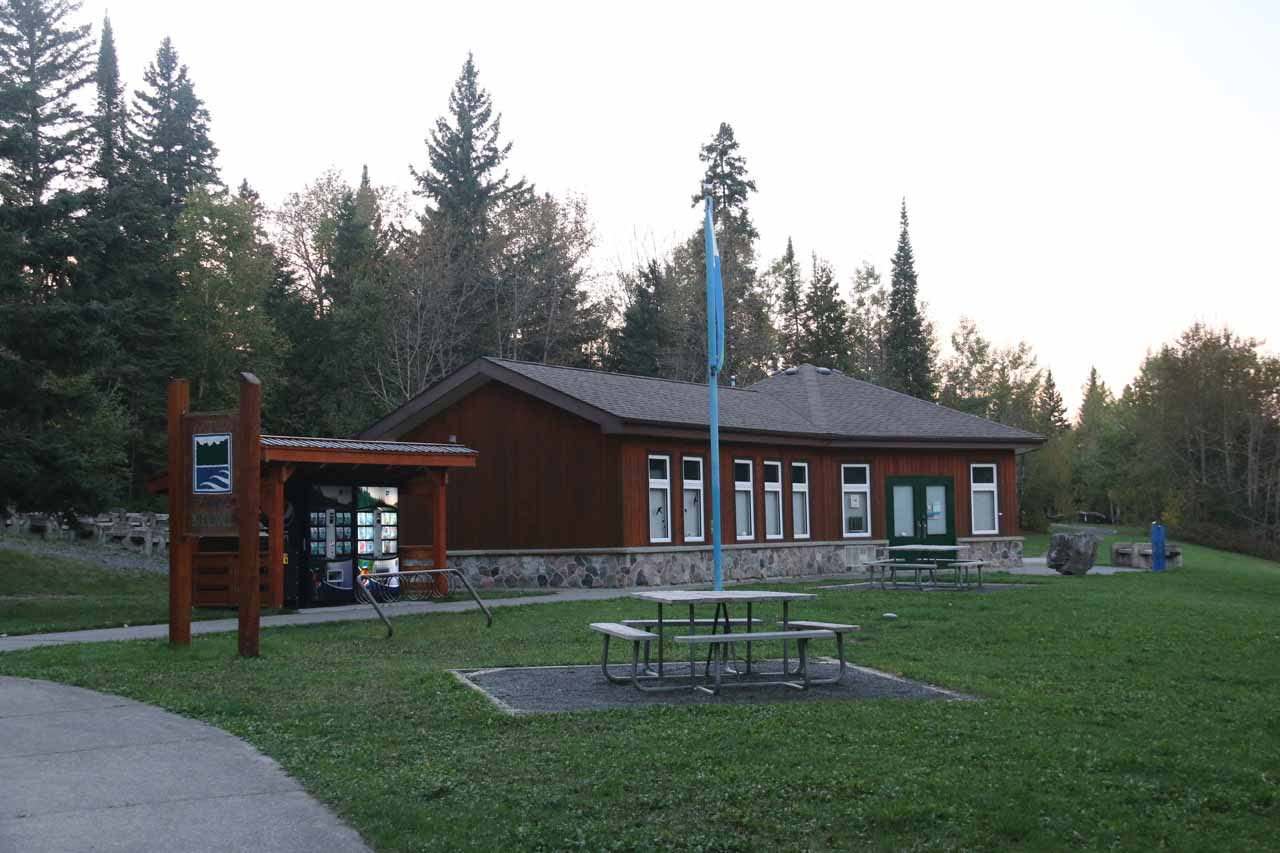 The visitor center on the other side of Kakabeka Falls
