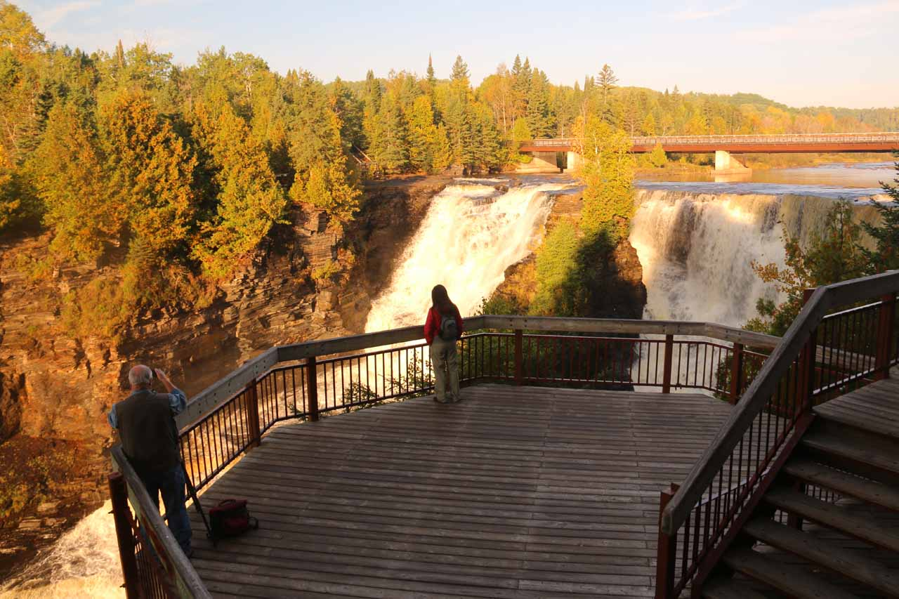 Julie back at the main lookout for Kakabeka Falls