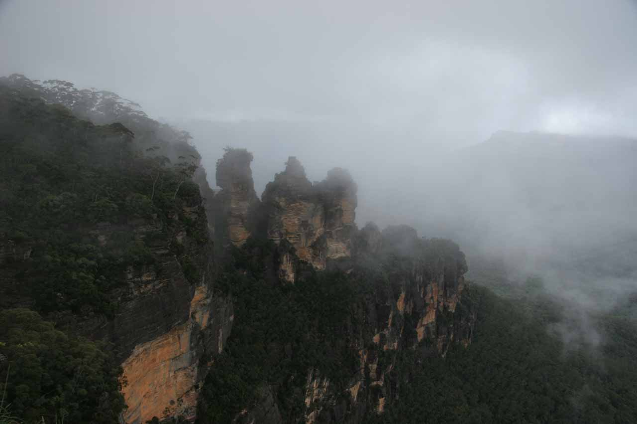 The Three Sisters of Echo Point in Katoomba under some dreary weather
