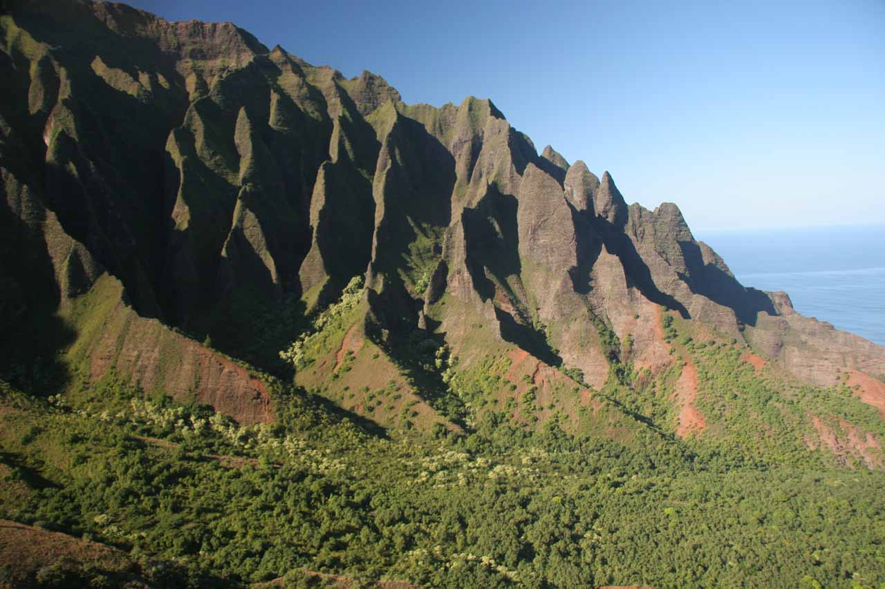 Unusual view towards the western wall of Kalalau Valley