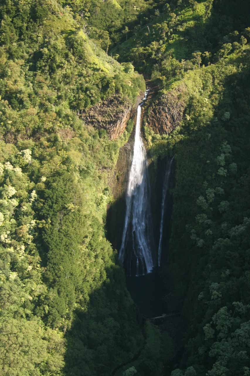 Manawaiopuna Falls again by this time in the morning