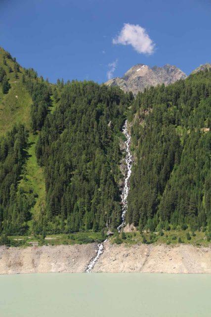 Kaunertal_107_07192018 - This cascade spilling into the Gepatsch Reservoir was on the Kaiserbergtalbach so I called it the 'Kaiserbergtalbachfall'