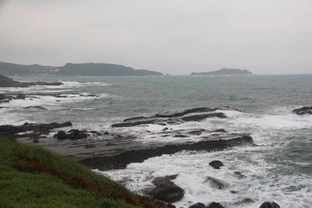 Keelung_119_11032016 - This was the coastal scenery when we made the drive from Keelung to Yangmingshan on a rainy day