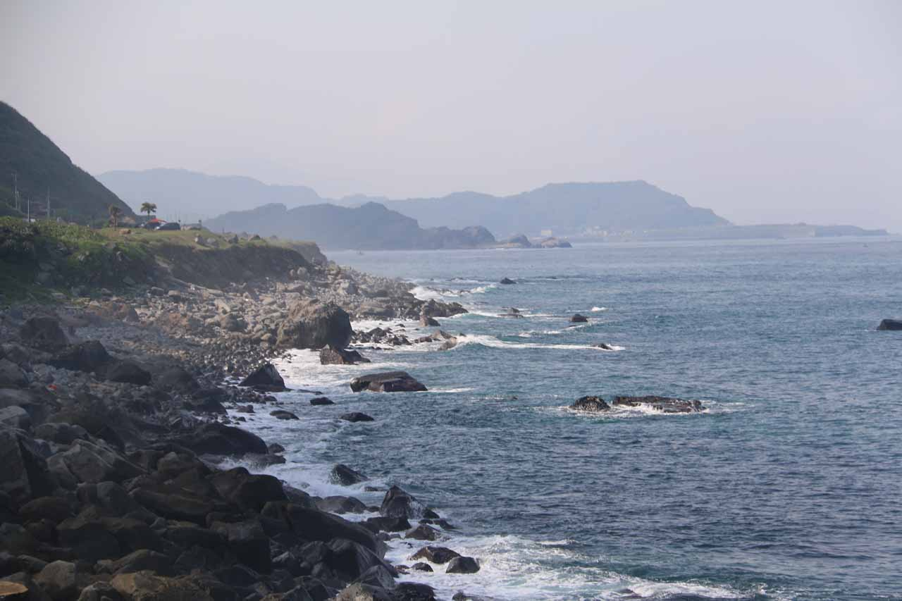 It was about 23km between Taipei and the coastal city of Keelung, which was my Mom's home town