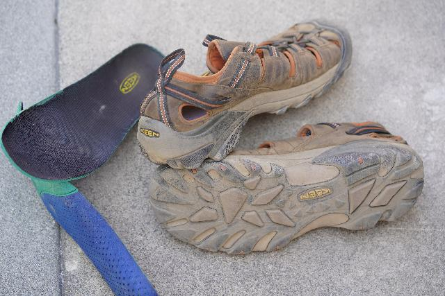 The Keen Arroyo II with the insoles taken out to facilitate the drying