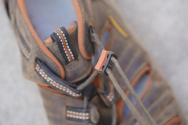 Closeup look at the elastic lacing tightening system of the Keen Arroyo II that tends to get loose with use