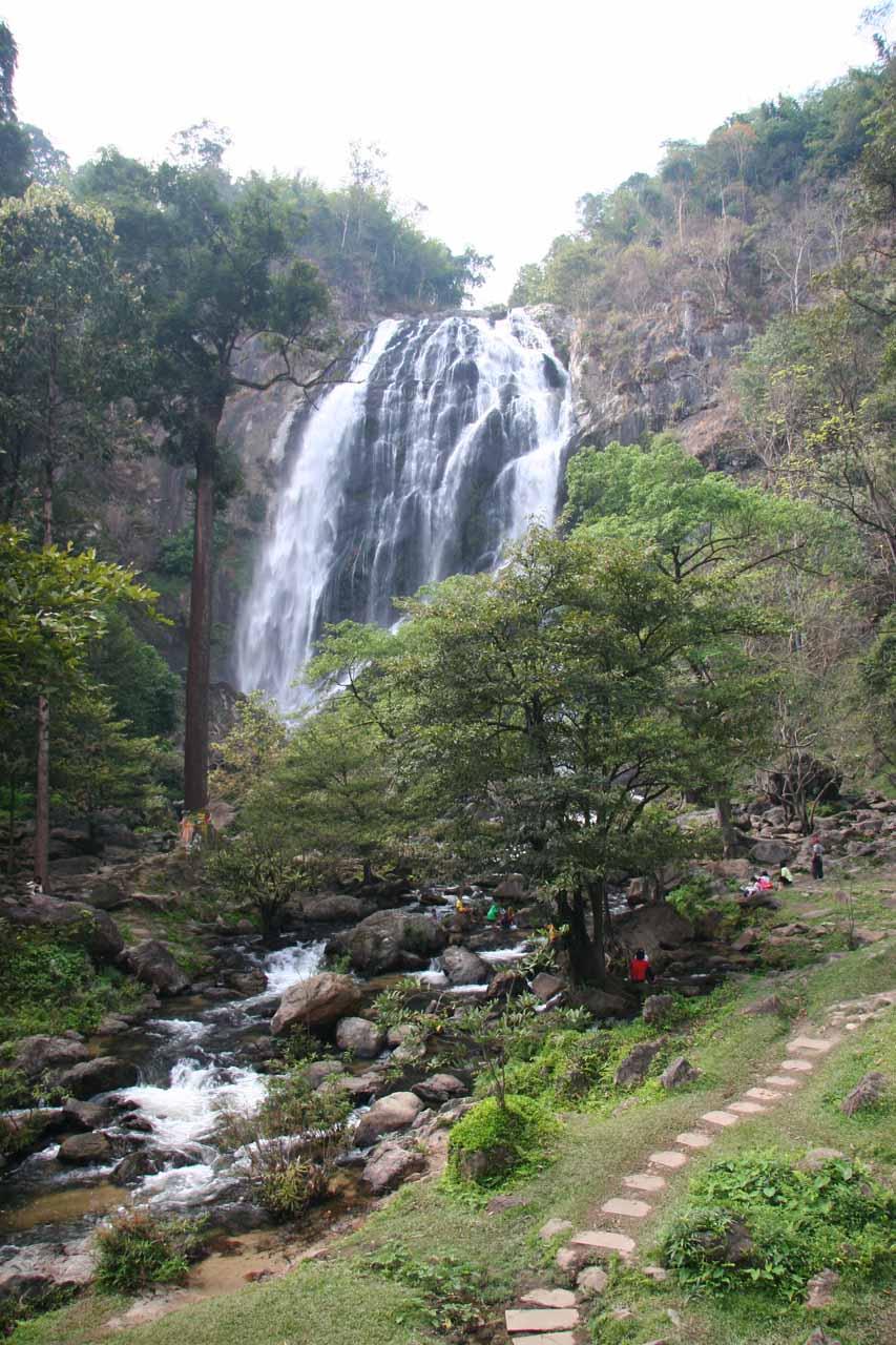 On the walkway approaching the Khlong Lan Waterfall