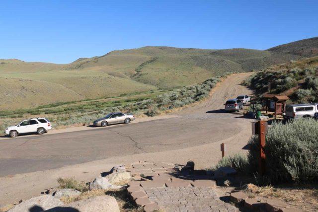 Kings_Canyon_Falls_009_06212016 - Looking back at the trailhead parking for the Kings Canyon Falls
