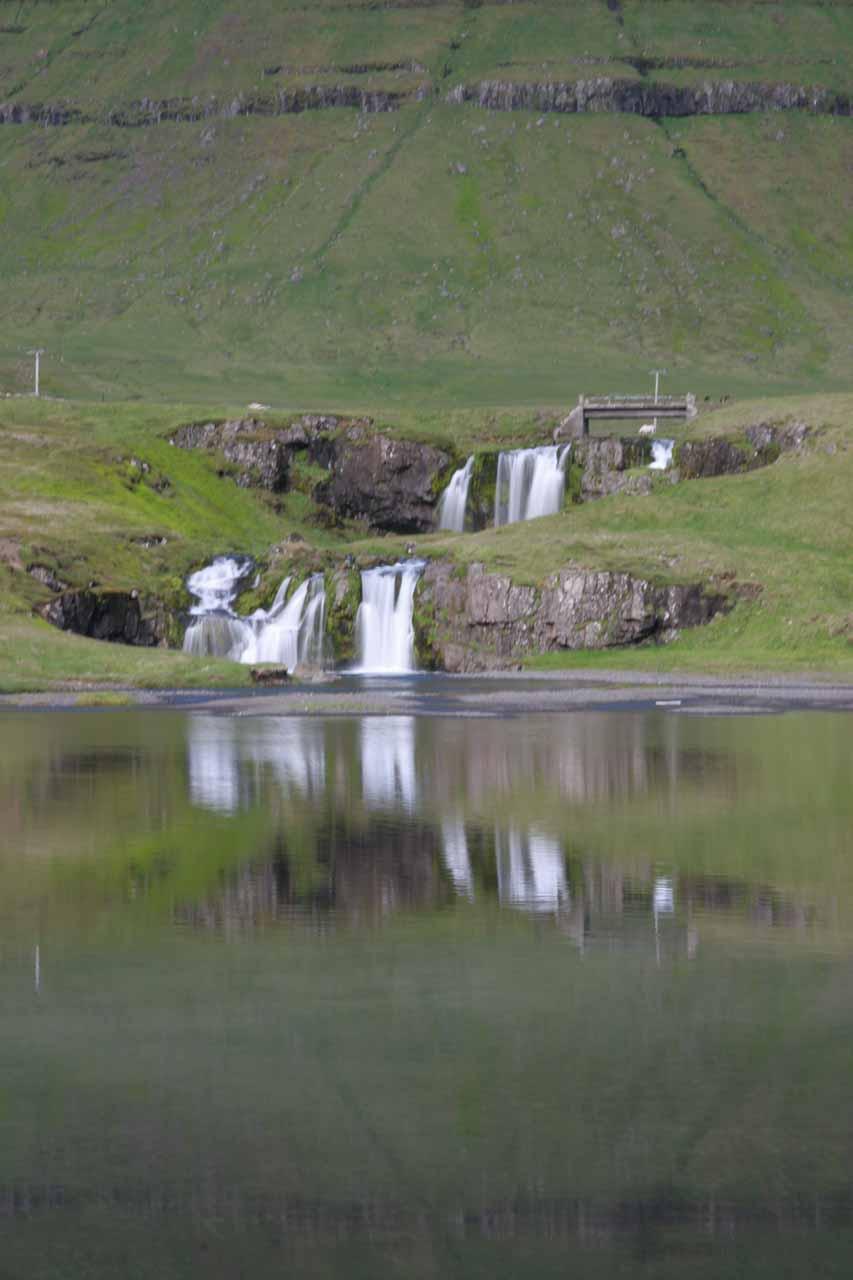 Another look at the reflections at Kirkjufellsfoss