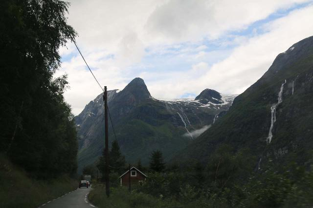 Kjenndalsbreen_049_07192019 - Driving the narrow Fv723 towards a spot where we can better see the Ramnefjellsfossen on the right