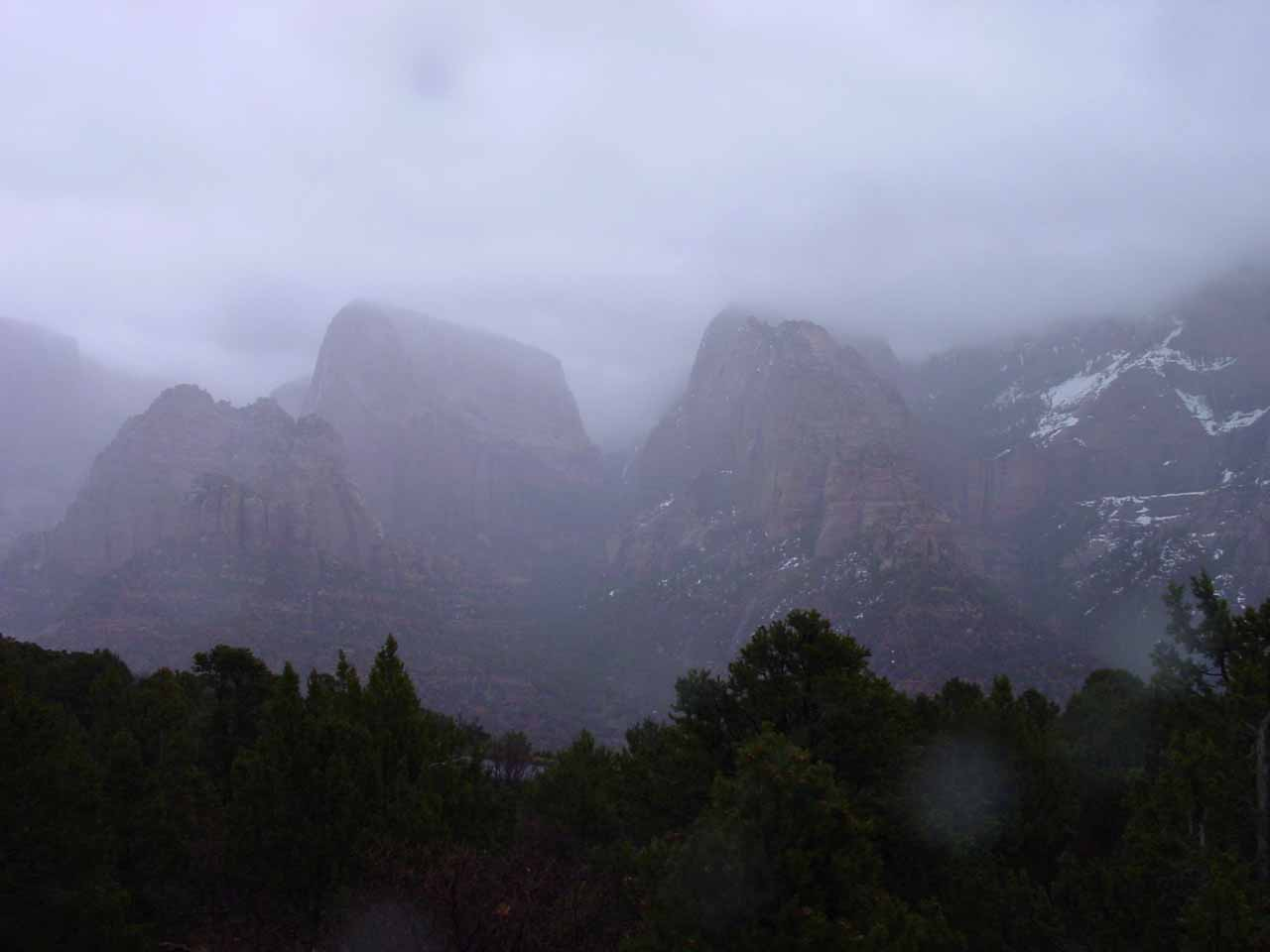 The concealed finger canyons of Kolob in the rain