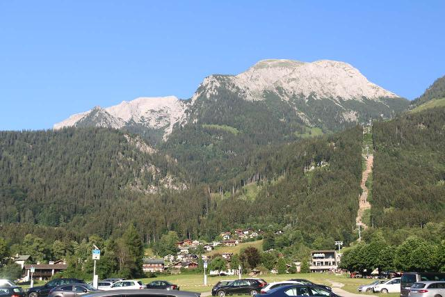 Konigssee_371_07012018 - Context of the large car park at Schonau am Konigssee with large mountains in the distance