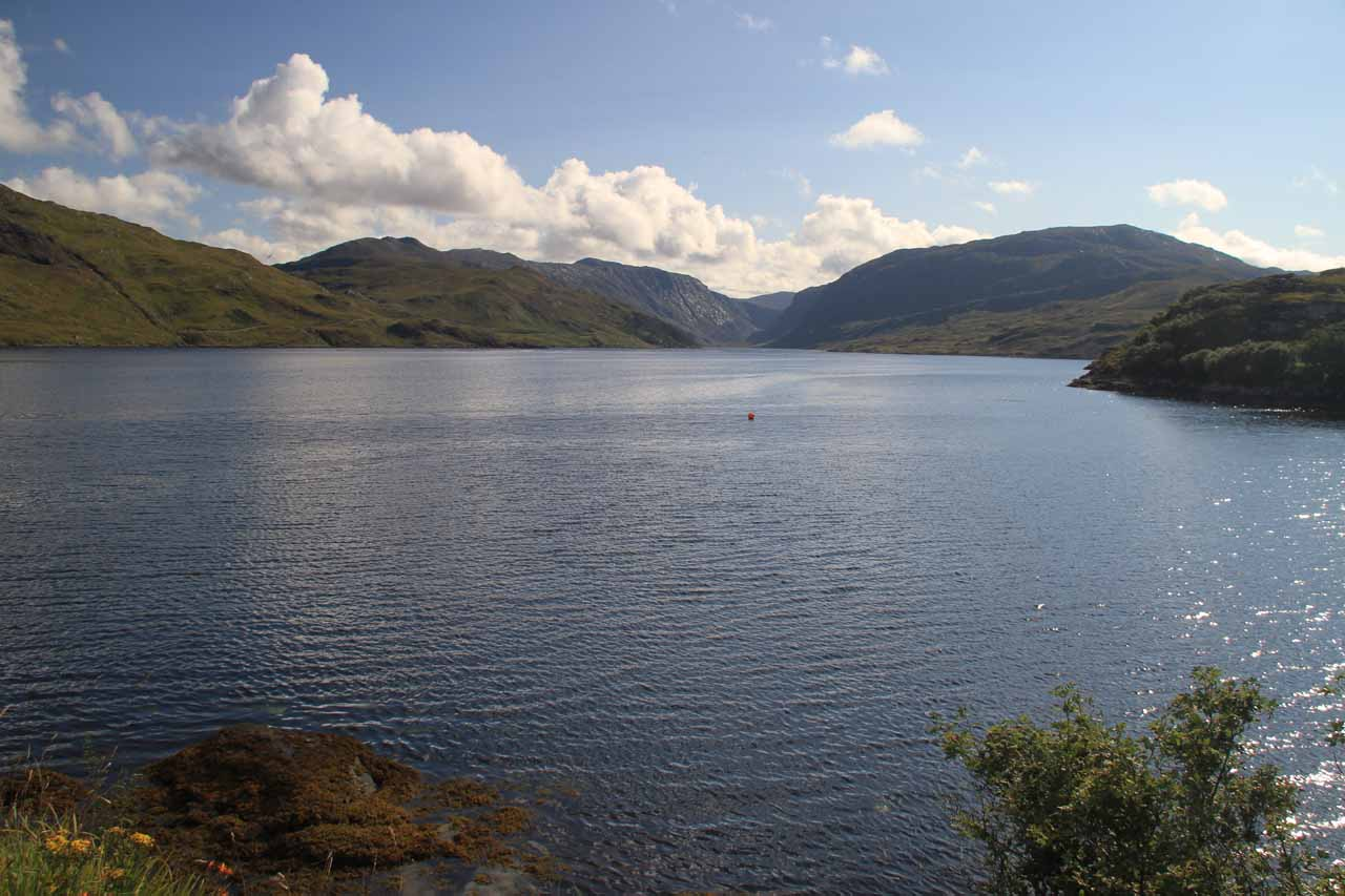 Before arriving at the Kylesku Hotel, we were able to get this view of Loch Glencoul