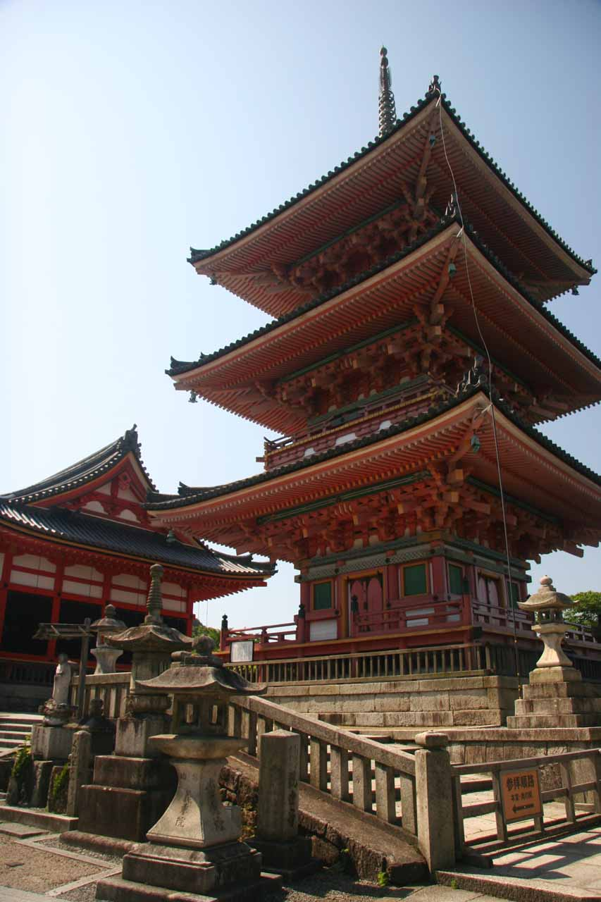 Fancy pagoda and shrines at Kiyomizu-dera